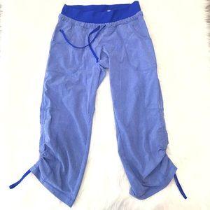 Athleta Yoga Capri Pants Size 0 Blue lightweight